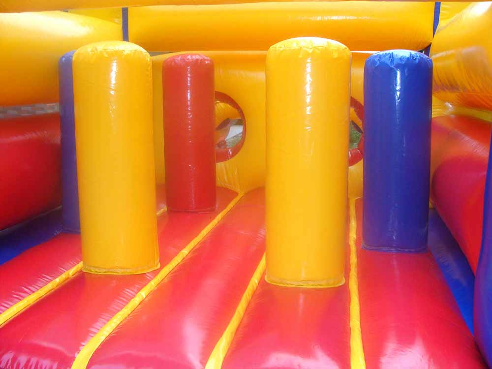 Popup Obstacles on Spongebob Inflatable