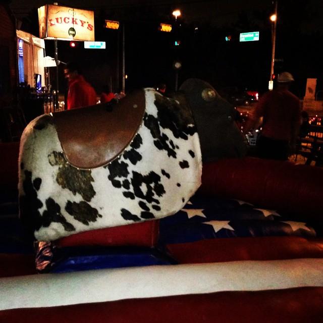 Mechanical Bull Luckys Pub Houston