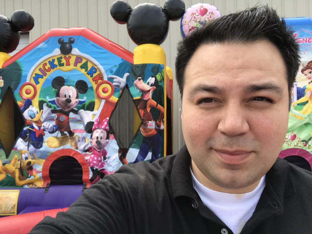 Mickey Jumper Tiny Yard