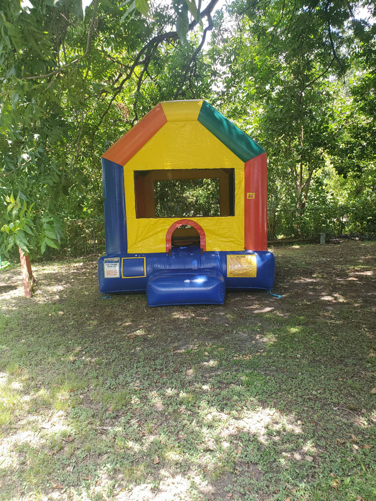 Tiny-Funhouse-for-Small-Yard-Parties-Austin-TX